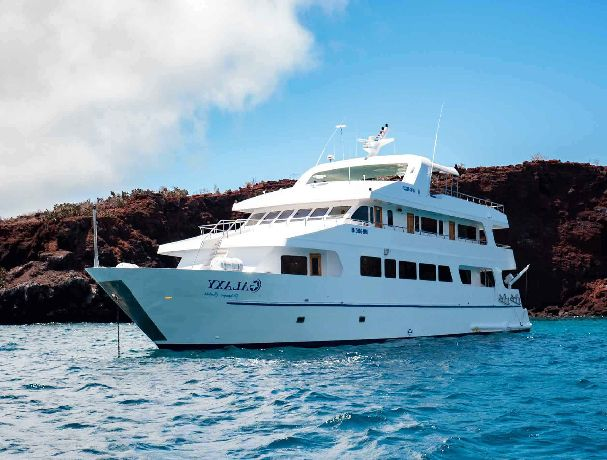 Galaxy Yacht Galapagos